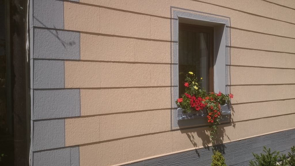 Fassaden-Schloetzer-Maler031