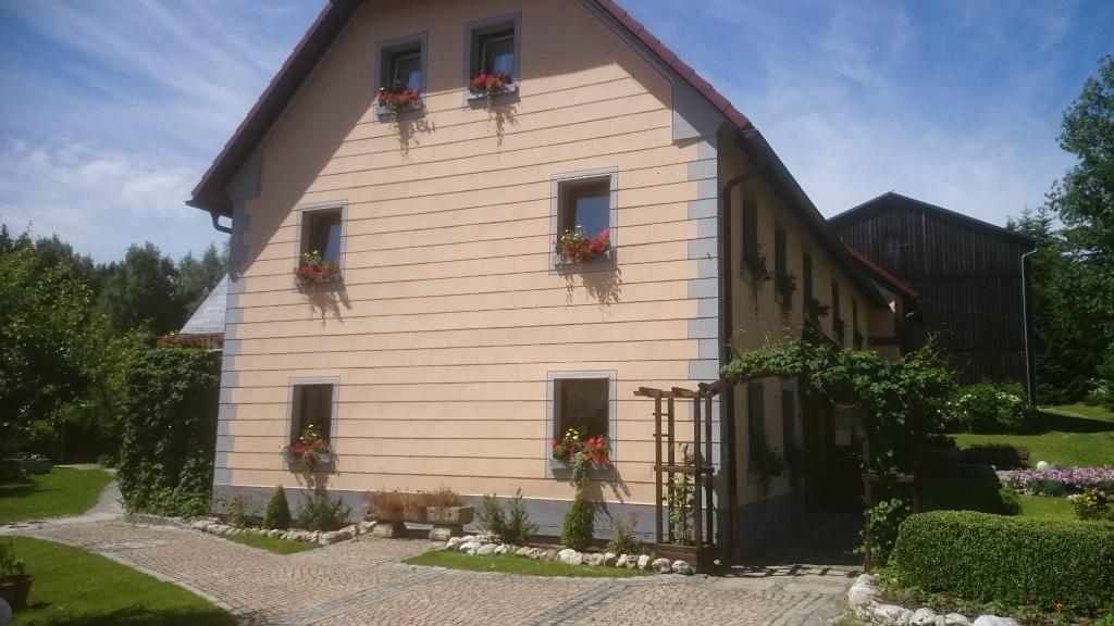 Fassaden-Schloetzer-Maler032